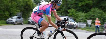 Sas Macogep Acquisio cycling team member on bike