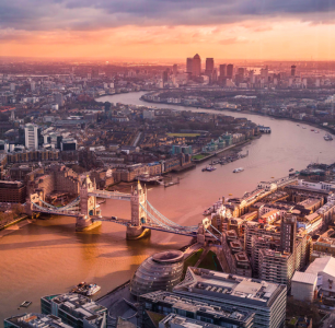 unsplash london skyline